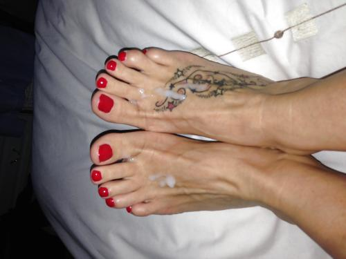 cum on feet